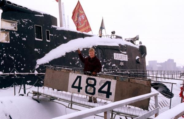 Mika Salo (FIN) climbing aboard a vintage Finnish Navy Submarine.Formula One Drivers At Home, Helsinki, Finland, 1995.