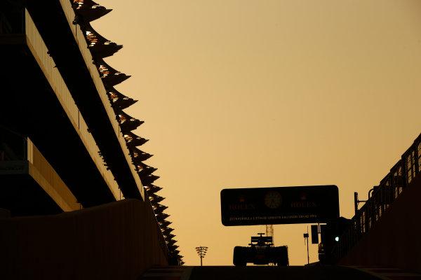 Yas Marina Circuit, Abu Dhabi, United Arab Emirates. Sunday 27 November 2016. Daniil Kvyat, Toro Rosso STR11 Ferrari. World Copyright: Andrew Hone/LAT Photographic ref: Digital Image _ONY7184