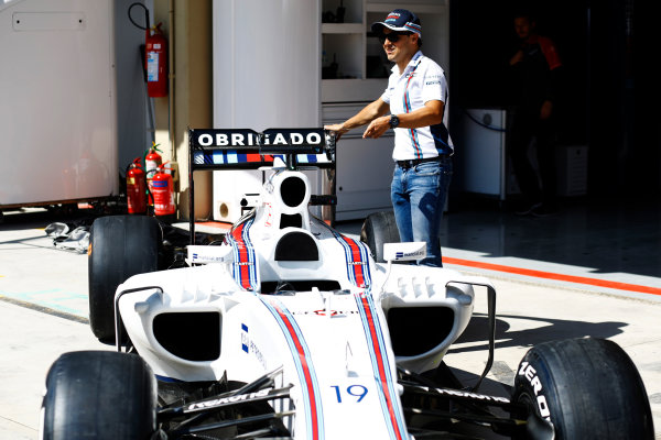 Interlagos, Sao Paulo, Brazil. Thursday 10 November 2016. Felipe Massa, Williams Martini Racing, unveils a new livery for his final home grand prix. World Copyright: Steven Tee/LAT Photographic ref: Digital Image _O3I6722