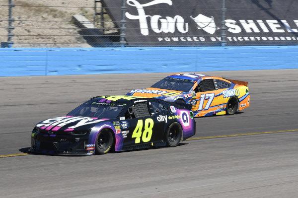 #48: Jimmie Johnson, Hendrick Motorsports, Chevrolet Camaro Ally, #17: Ricky Stenhouse Jr., Roush Fenway Racing, Ford Mustang SunnyD