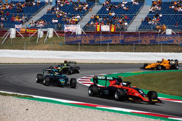 Simo Laaksonen (FIN, MP Motorsport) and Bent Viscaal (NLD, HWA RACELAB)