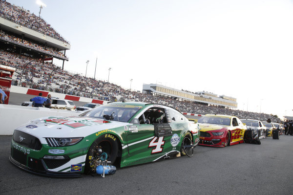 #4: Kevin Harvick, Stewart-Haas Racing, Ford Mustang Hunt Brothers Pizza