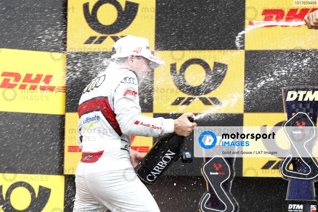 Podium: third place Robin Frijns, Audi Sport Team Abt Sportsline.