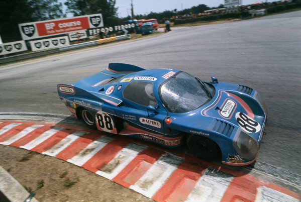 Le Mans, France. 11th - 12th June 1977 Jean Ragnotti/Jean Rondeau (Inaltera LM77 Ford), 4th position, action. World Copyright: LAT PhotographicRef: 77LM14.