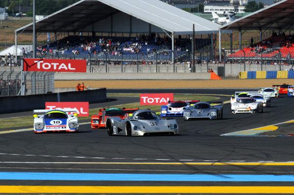 2014 Le Mans 24 Hours. Circuit de la Sarthe, Le Mans, France. Group C Race. Saturday 14 June 2014.  Drivers come into the first chicane. World Copyright: Jeff Bloxham/LAT Photographic. ref: Digital Image DSC_3548