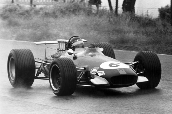 1968 Dutch Grand Prix.Zandvoort, Holland. 23 June 1968.Jochen Rindt, Brabham BT26-Repco, retired, action.World Copyright: LAT PhotographicRef: Motor b&w print
