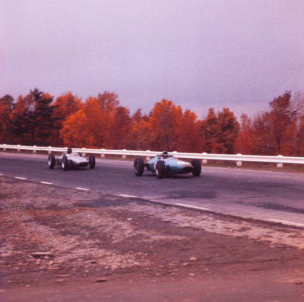 1962 United States Grand Prix.  Watkins Glen, New York, USA. 5-7 October 1962.  Jack Brabham (Brabham VT3 Climax) leads Dan Gurney (Porsche 804). They finished in 4th and 5th positions respectively.  Ref: 690X. World copyright: LAT Photographic