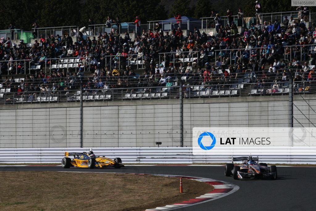 Fuji, Japan. 23rd - 24th November 2013. Rd 7. Fuji Sprint Cup. Winner Yuji Kunimoto ( #39 P.MU/CERUMO·INGING ), action. World Copyright: Yasushi Ishihara/LAT Photographic. Ref: 2013JAF_GP_SF_003