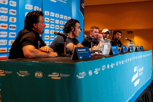 2014/2015 FIA Formula E Championship. Long Beach ePrix, Long Beach, California, United States of America. Friday 3 April 2015 Michael Andretti, Andretti Autosport, Dario Franchitti, Nicolas Prost (FRA)/E.dams Renault - Spark-Renault SRT_01E, Scott Speed (USA)/Andretti Autosport - Spark-Renault SRT_01E, Salvador Duran (MEX)/Amlin Aguri - Spark-Renault SRT_01E and Oriol Servia, Dragon Racing. Photo: Zak Mauger/LAT/Formula E ref: Digital Image _MG_5147