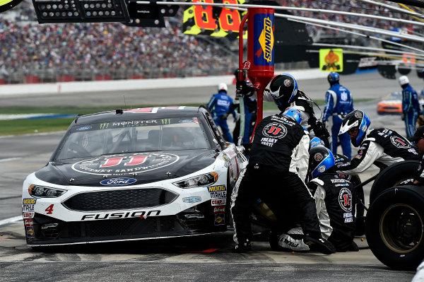 2017 Monster Energy NASCAR Cup Series - Fold of Honor QuikTrip 500 Atlanta Motor Speedway, Hampton, GA USA Sunday 5 March 2017 Kevin Harvick World Copyright: Rusty Jarrett/LAT Images ref: Digital Image 17ATL1rj_2681