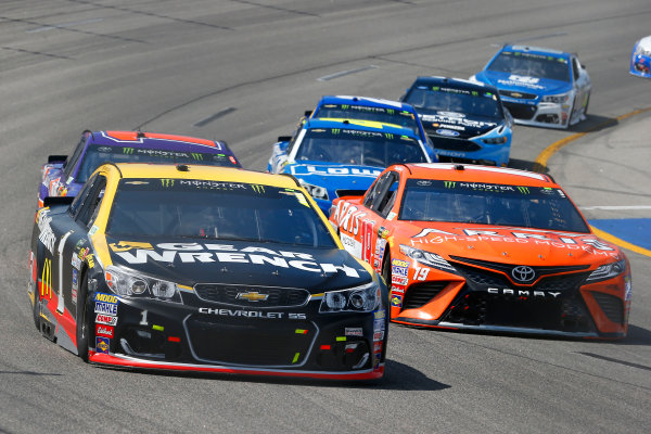 Monster Energy NASCAR Cup Series Toyota Owners 400 Richmond International Raceway, Richmond, VA USA Sunday 30 April 2017 Jamie McMurray, Chip Ganassi Racing, GearWrench Chevrolet SS and Daniel Suarez, Joe Gibbs Racing, ARRIS Toyota Camry World Copyright: Russell LaBounty LAT Images ref: Digital Image 17RIC1Jrl_5559