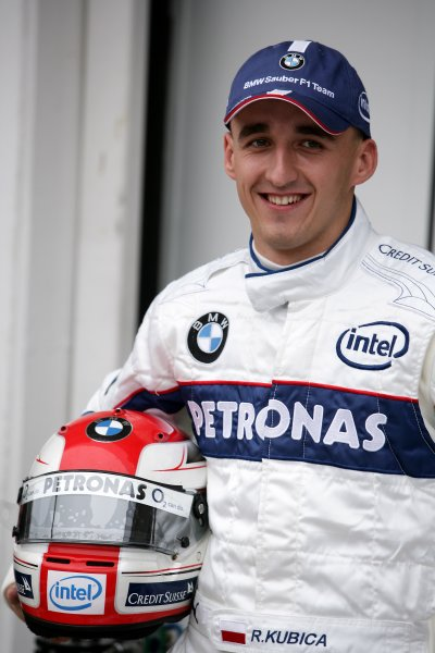 2006 Hungarian Grand Prix - Thursday PreviewHungaroring, Budapest, Hungary. 3rd - 6th August.Robert Kubica, BMW Sauber F1 06. Portrait.World Copyright: Charles Coates/LAT Photographicref: Digital Image ZK5Y2779