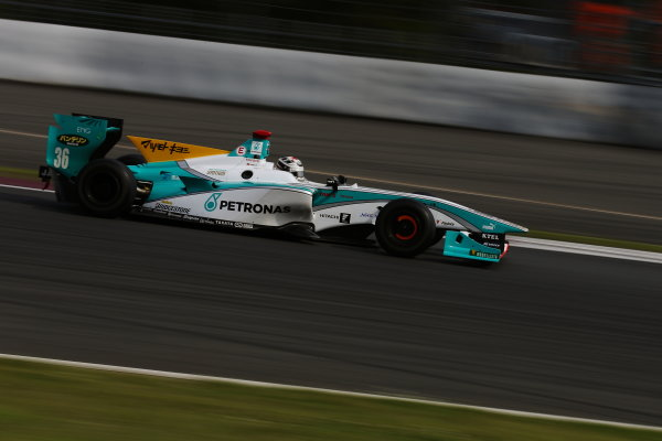 2014 Super Formula Series. Fuji, Japan. 17th - 18th May 2014. Rd 2. Race 2 - Winner Andre Lotterer ( #36 PETRONAS TOM'S SF14 ) action World Copyright: Yasushi Ishihara / LAT Photographic. Ref: 2014SF_Rd2_020.JPG