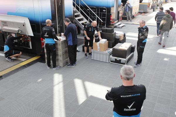 Williams Racing mechanics and freight