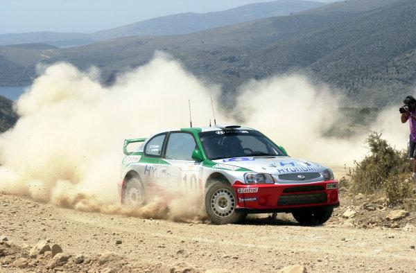 2001 World Rally Championship.Acropolis Rally June 14-17, 2001.Alister McRae during the shakedown.Photo: Ralph Hardwick/LAT