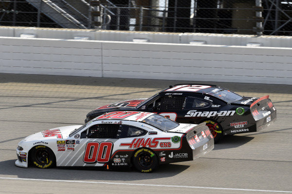 #00: Cole Custer, Stewart-Haas Racing, Ford Mustang Haas Automation and #12: Joey Logano, Team Penske, Ford Mustang Snap on