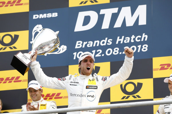 Podium: Race winner Daniel Juncadella, Mercedes-AMG Team HWA.