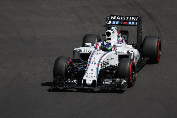 Felipe Massa (BRA) Williams FW38 waves to the fans at Formula One World Championship, Rd19, Mexican Grand Prix, Qualifying, Circuit Hermanos Rodriguez, Mexico City, Mexico, Saturday 29 October 2016.