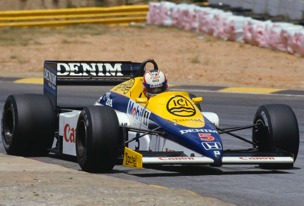 1985 South African Grand Prix.Kyalami, South Africa.17-19 October 1985.Nigel Mansell (Williams FW10 Honda) 1st position.Ref-85 SA 29.World Copyright - LAT Photographic