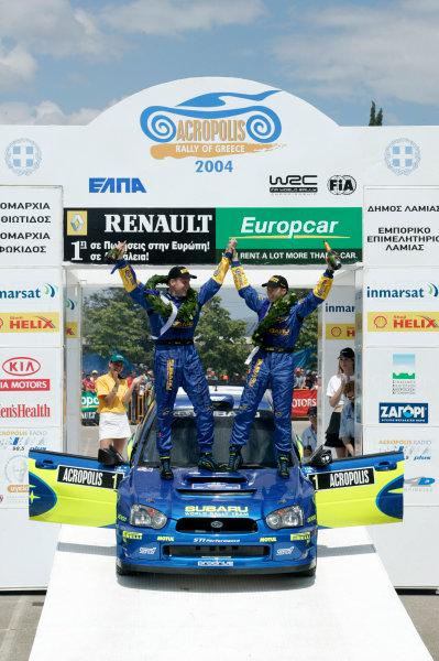 2004 FIA World Rally Champs. Round six, Acropolis Rally.3rd-6th June 2004.Petter Solberg, Subaru, podium.World Copyright: McKlein/LAT