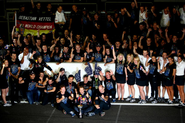 Suzuka Circuit, Suzuka, Japan.9th October 2011.Sebastian Vettel, Red Bull Racing RB7 Renault, 3rd position, celebrates his second world championship with his team. Portrait. Atmosphere. World Copyright: Andy Hone/LAT Photographicref: Digital Image CSP25947