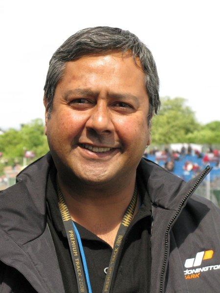 L-R: Lee Gill (GBR) Chief Executive of Donington Park.MotoGP, Rd8, Nickel & Dime British Grand Prix, Donington Park, England, 20-22 June 2008.