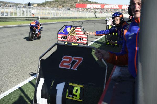 Hafizh Syahrin, Red Bull KTM Tech 3 pitboard