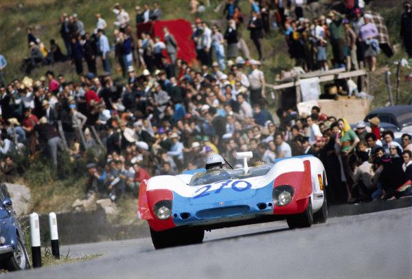 Vic Elford / Umberto Maglioli, Porsche AG, Porsche 908/02 013 S-M 2551.