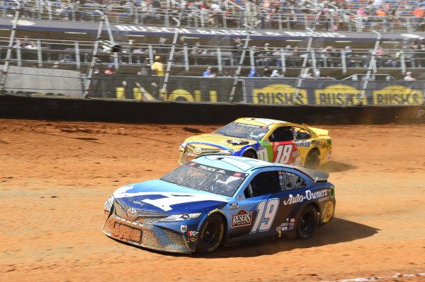 #19: Martin Truex Jr., Joe Gibbs Racing, Toyota Camry Auto-Owners Insurance, #18: Kyle Busch, Joe Gibbs Racing, Toyota Camry M&M's Messages