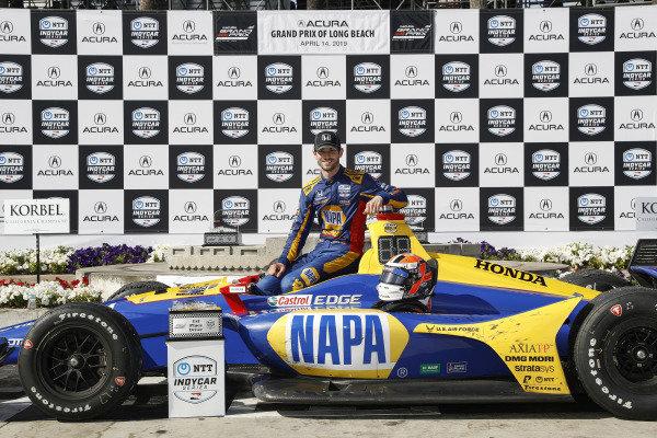 Winner Alexander Rossi, Andretti Autosport Honda, podium
