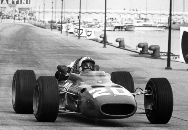 1967 Monaco Grand Prix.Monte Carlo, Monaco. 7 May 1967.Chris Amon, Ferrari 312, 3rd position, action.World Copyright: LAT PhotographicRef: Motor b&w print