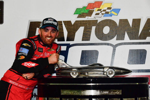 Monster Energy NASCAR Cup Series Daytona 500 Daytona International Speedway, Daytona Beach, FL USA Sunday 18 February 2018 Austin Dillon, Richard Childress Racing, Dow Chevrolet Camaro celebrates in victory lane World Copyright: Logan Whitton LAT Images