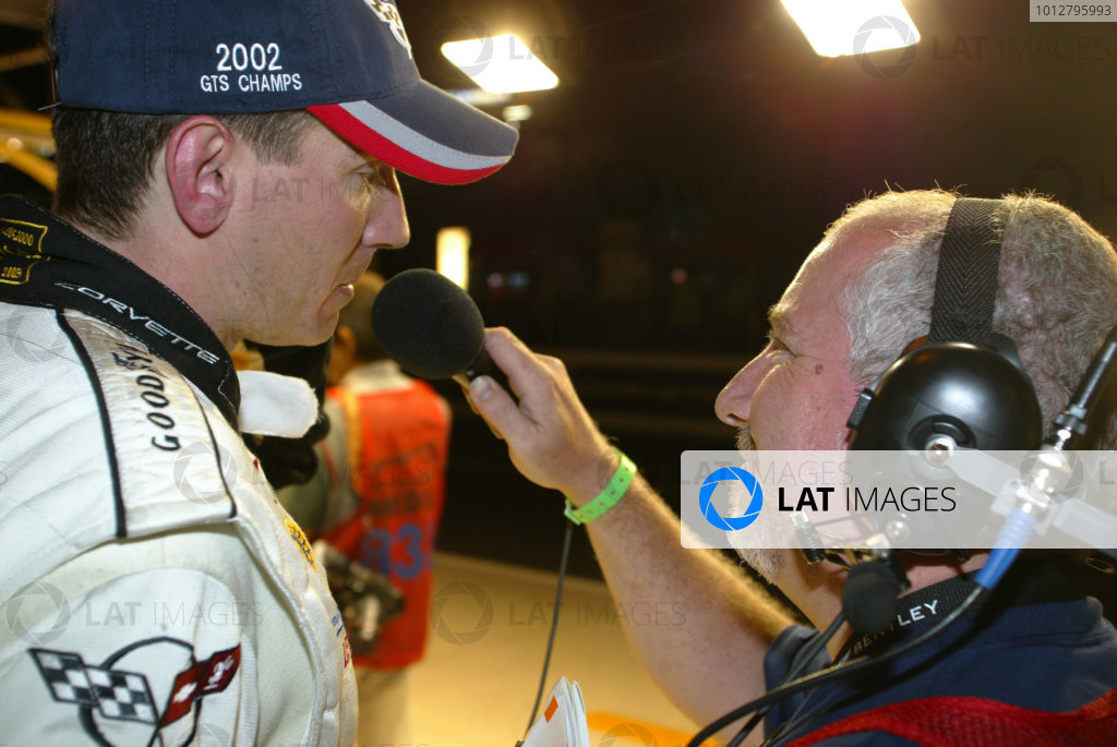 2003 Le mans 24 HoursLe Mans, France. 11th June 2003Oliver Gavin is interviewed by Radio Le Mans.World Copyright: Mike Weston/LAT Photographicref: Digital Image Only