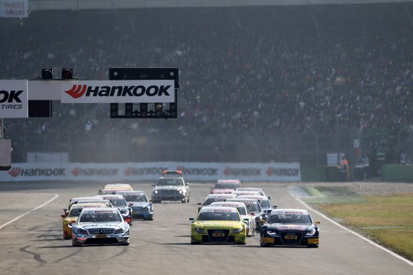 The start of the race - (l-r) Jamie Green (GBR), AMG Mercedes, Martin Tomczyk (GER), Audi Sport Team Phoenix  and Miguel Molina (ESP), Audi Sport Team Abt Junior.