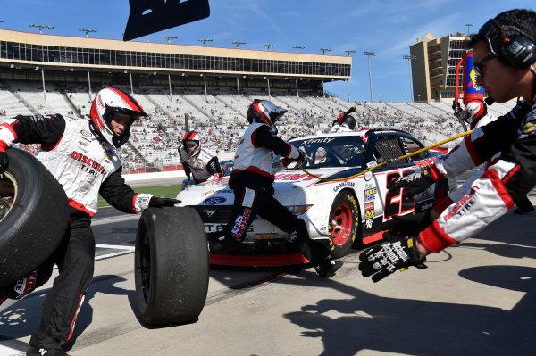 2017 NASCAR XFINITY Series - Rinnai 250 Atlanta Motor Speedway, Hampton, GA USA Saturday 4 March 2017 Brad Keselowski pit stop World Copyright: Nigel Kinrade/LAT Images ref: Digital Image 17ATL1nk05449