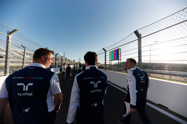 Sochi Autodrom, Sochi, Russia. Thursday 27 April 2017. Lance Stroll, Williams Martini Racing, conducts a track walk with colleagues. World Copyright: Glenn Dunbar/LAT Images ref: Digital Image _X4I5330
