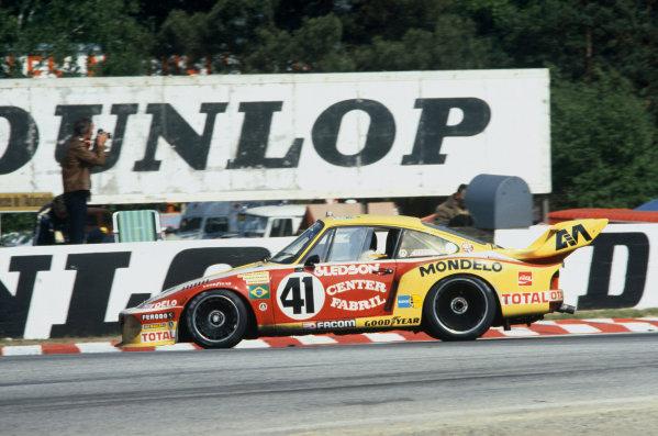 Le Mans, France. 10-11 June 1978.Alfredo Guarana/Paulo Gomes/Mario Amaral (Porsche 935), 7th position, action.  World Copyright: LAT Photographic.Ref: 78LM15.