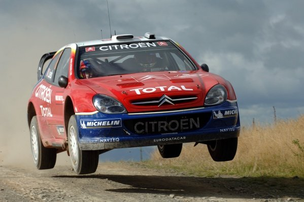 Rally leader Sebastien Loeb (FRA), Citroen Xsara WRC, jumps on Stage 7. FIA World Rally Championship, Rd12, Wales Rally GB, Cardiff, Wales, Day Two, Saturday 17 September 2005. DIGITAL IMAGE