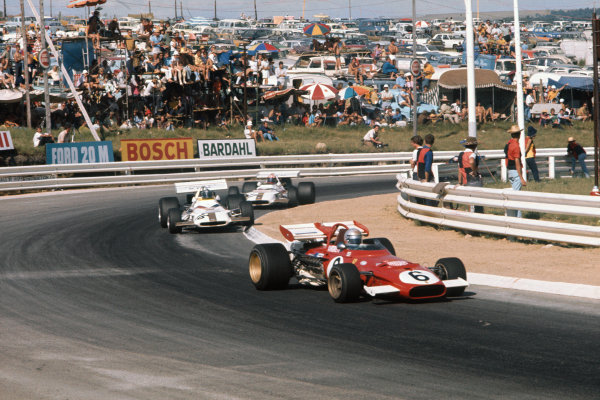 1971 South African Grand Prix.  Kyalami, South Africa. 4-6th March 1971.  Mario Andretti, Ferrari 312B, 1st position, leads Pedro Rodriguez, BRM P160, retired, and Jo Siffert, BRM P153, retired.  Ref: 71SA17. World Copyright: LAT Photographic