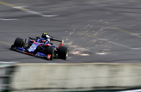 Sparks fly from Pierre Gasly, Toro Rosso STR14