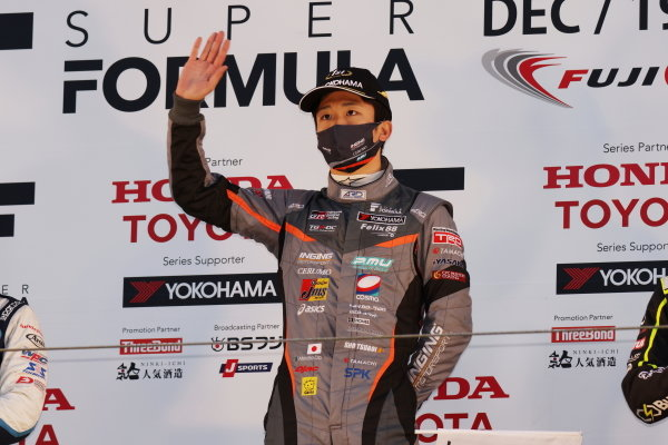 Winner Syo Tsuboi ( #39 JMS P.MU/CERUMO・INGING, Dallara SF19 Toyota ) celebrates on the podium