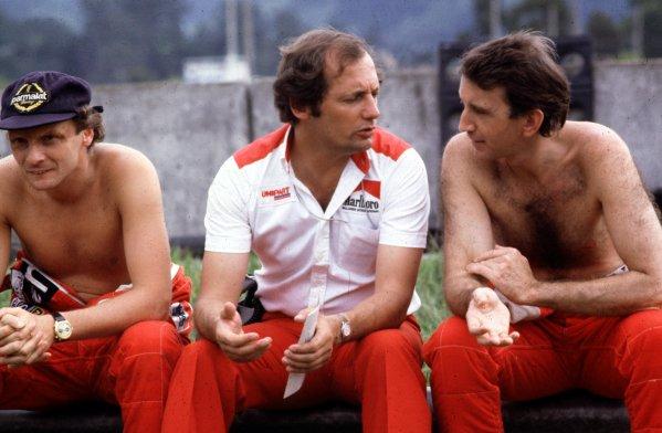 Formula 1 World Championship.Ron Dennis (McLaren-Ford Cosworth) with his drivers Niki Lauda (left) and John Watson.World - LAT Photographic