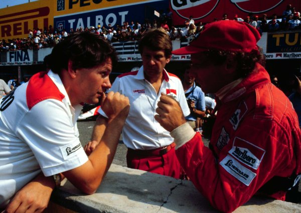 1982 Italian Grand Prix, Monza, Italy.10-12 September 1982.McLaren chief designer John Barnard talks with his driver Niki Lauda before the race.  Ref: 82ITA10. World Copyright - LAT Photographic