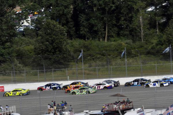 #12: Ryan Blaney, Team Penske, Ford Mustang Menards/Moen and #24: William Byron, Hendrick Motorsports, Chevrolet Camaro Liberty University
