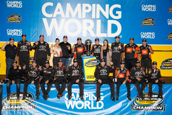NASCAR Camping World Truck Series Ford EcoBoost 200 Homestead-Miami Speedway, Homestead, FL USA Friday 17 November 2017 Champion Christopher Bell, JBL Toyota Tundra with team  World Copyright: Michael L. Levitt LAT Images