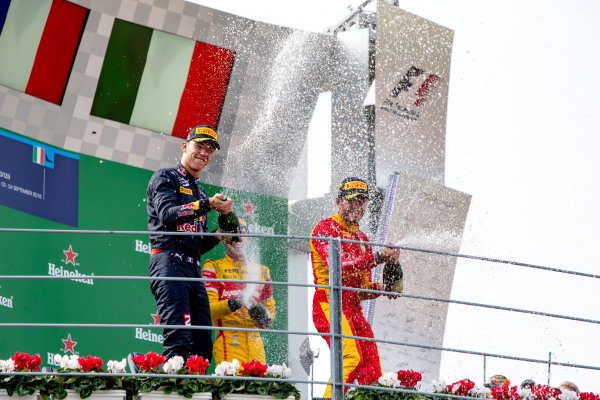 2016 GP2 Series Round 9. Autodromo Nazionale di Monza, Monza, Italy. Sunday 4 September 2016. Pierre Gasly (FRA, PREMA Racing), Norman Nato (FRA, Racing Engineering), Antonio Giovinazzi (ITA, PREMA Racing)  Photo: Zak Mauger/GP2 Series Media Service. ref: Digital Image _L0U6193
