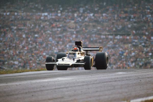 1973 Austrian Grand Prix.  Osterreichring, Austria. 17-19th August 1973.  Emerson Fittipaldi, Lotus 72E Ford, retired.  Ref: 73AUT10. World Copyright: LAT Photographic