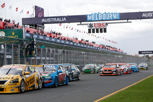 2014 V8 Supercars. Albert Park, Melbourne, Australia. Race 4. Sunday 16 March 2014. James Moffat, No.360 Norton Hornets Nissan Altima, leads Mark Winterbottom, No.5 Ford Pepsi Max Crew Ford Falcon FG, and the remainder of the field. World Copyright: Sam Bloxham/LAT Photographic. ref: Digital Image _SBL5730