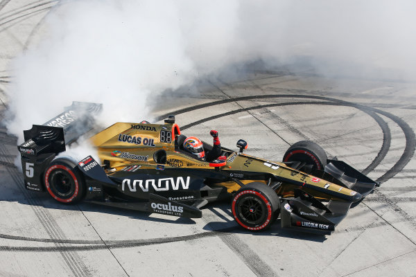 2017 Verizon IndyCar Series Toyota Grand Prix of Long Beach Streets of Long Beach, CA USA Sunday 9 April 2017 James Hinchcliffe World Copyright: Perry Nelson/LAT Images ref: Digital Image nelson_lb_0409_3849