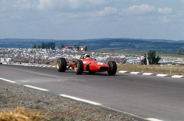 Watkins Glen, New York, USA. 30/9-1/10 1967. Chris Amon (Ferrari 312). Ref: 67 USA 16. World Copyright - LAT Photographic